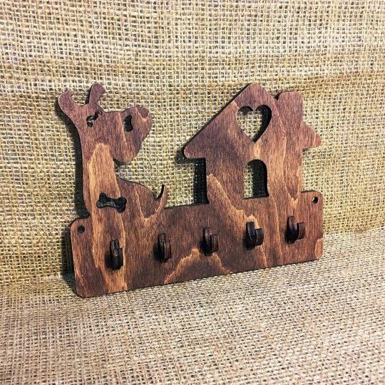 Ключница из дерева настенная «Собака на службе» (арт. 50110)