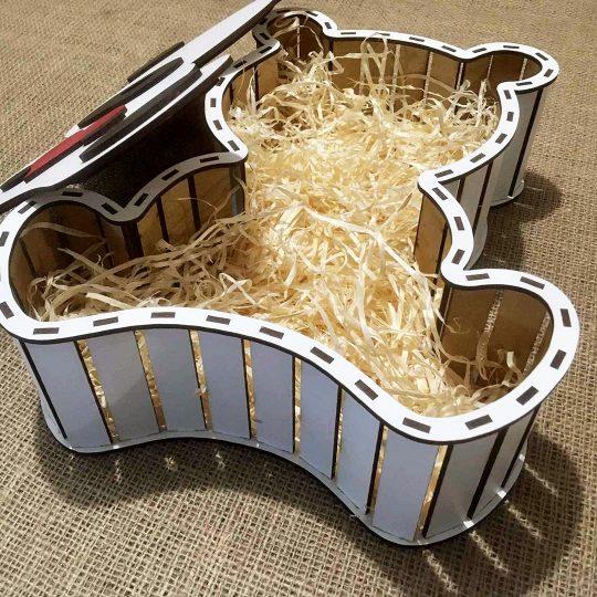 """Подарочная коробка из дерева """"Мишка с сердцем"""" (арт. 50432)"""
