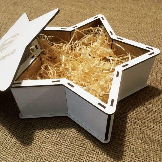 """Подарочная коробка из дерева """"Звезда"""" (арт. 50433)"""